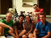 Avec Duy, Linh Phuong et Phong pour un succulent repas