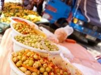 Olives marinées